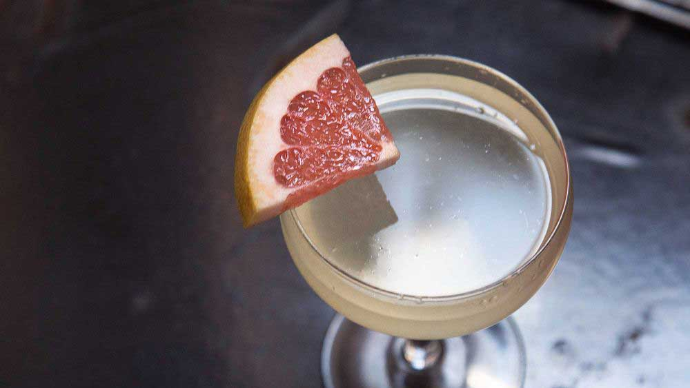3-Ingredient Cocktails Everyone Should Know How To Make | HuffPost Life