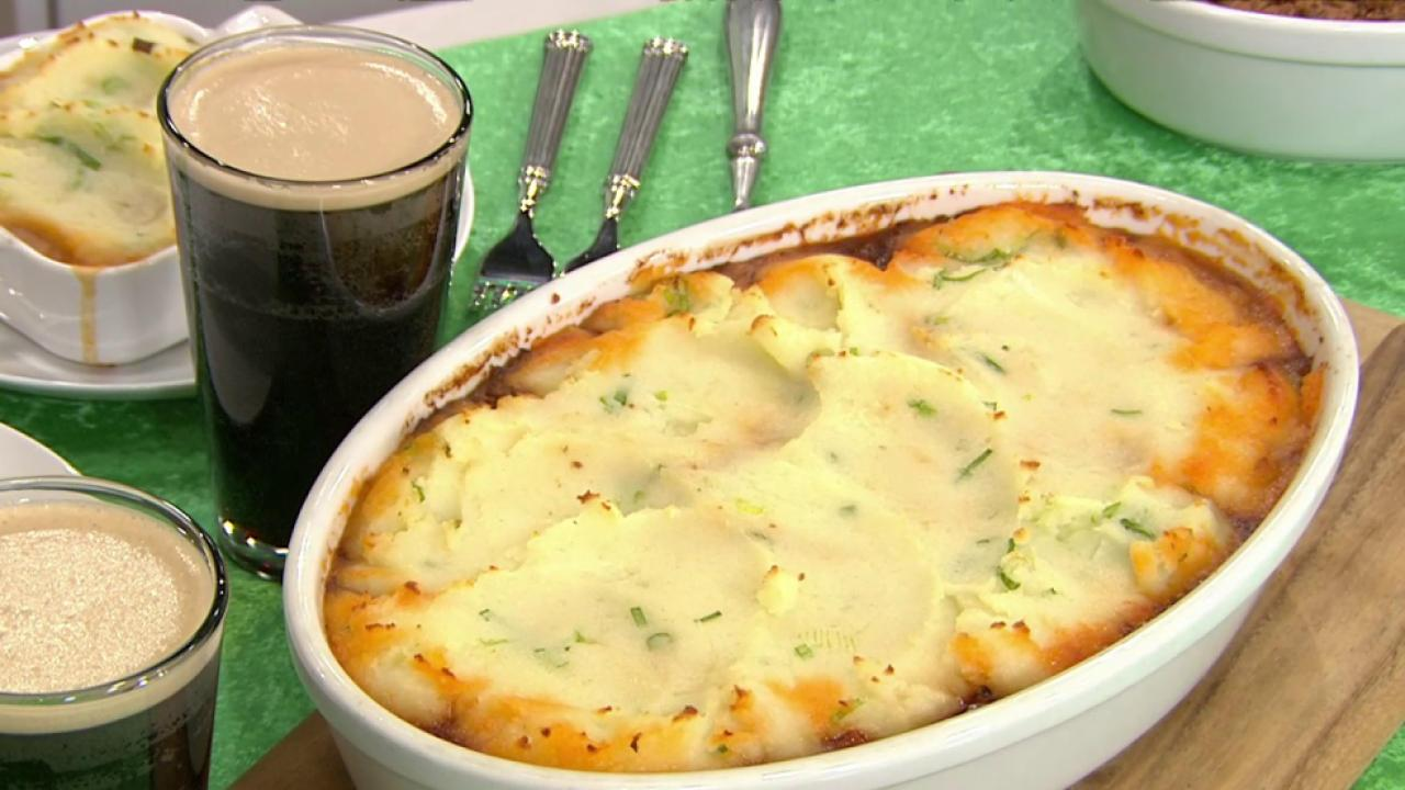 The Shepherd's Pie Recipes You'll Be Making For St. Patrick's Day | HuffPost Life
