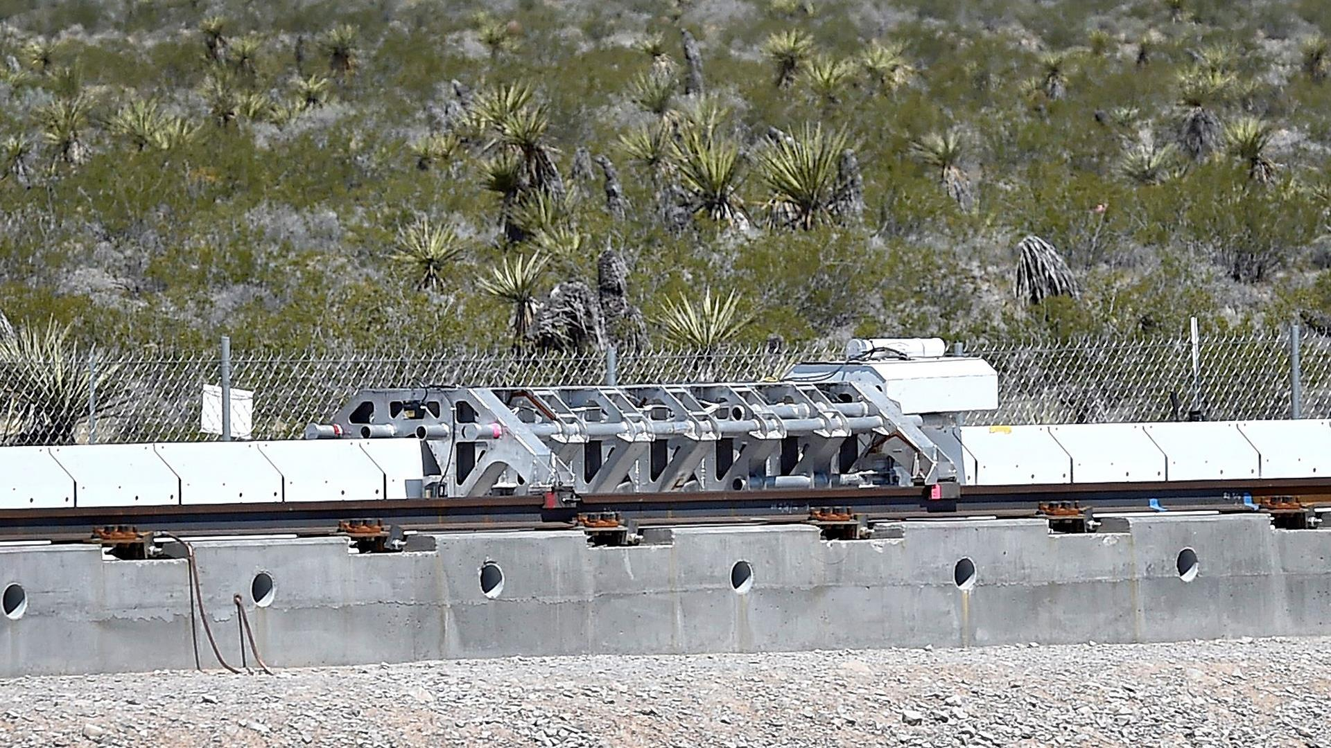 High-Speed Hyperloop Hits 116 mph In 1.1 Seconds During First Public Test