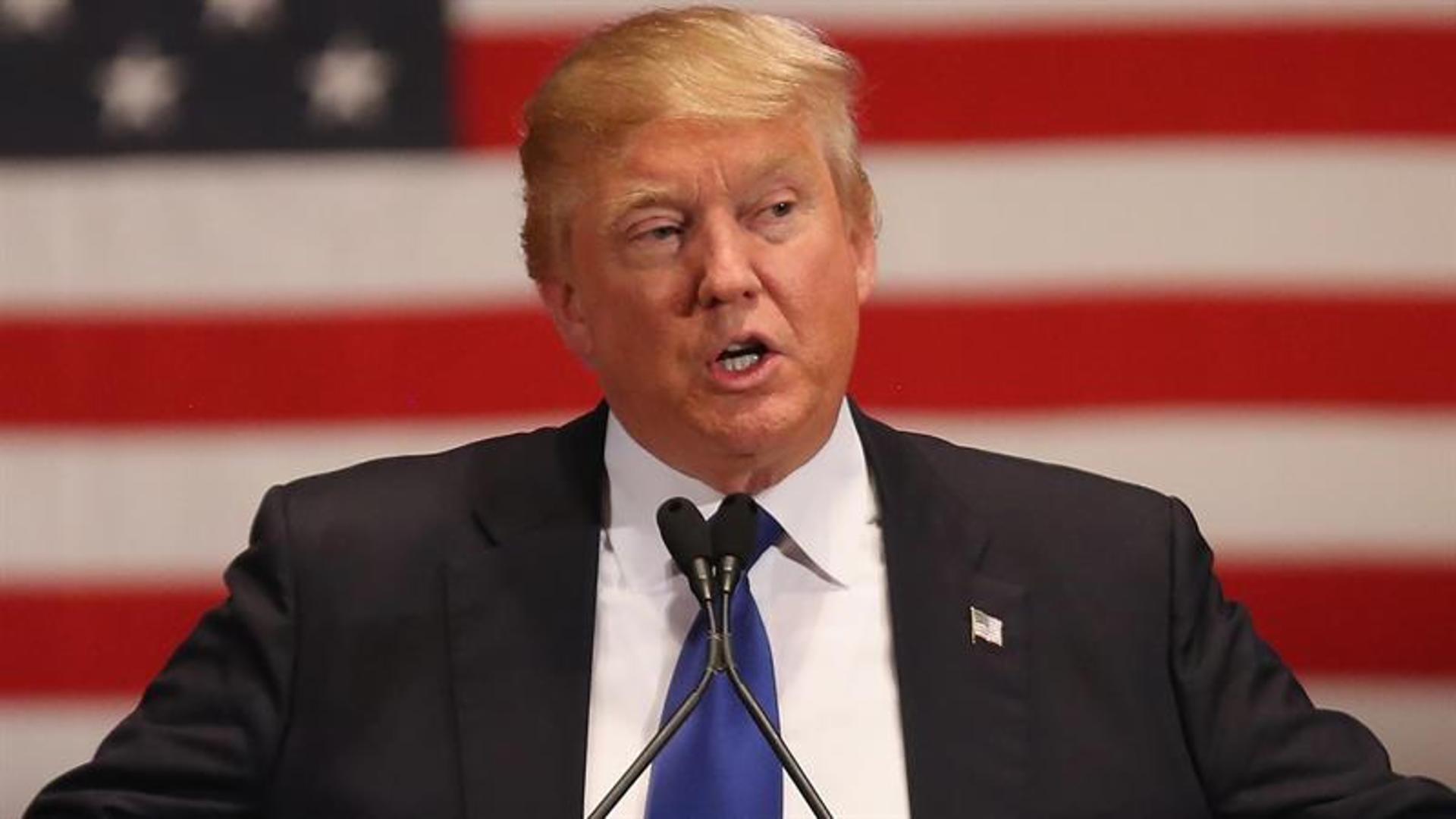 Donald Trump Calls On Obama To Resign Over Orlando Shooting