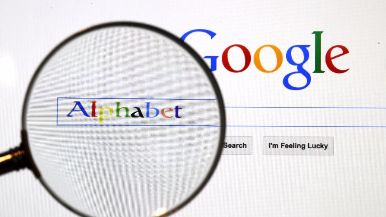 How To Delete Yourself (And Your Searches) From Google's Memory