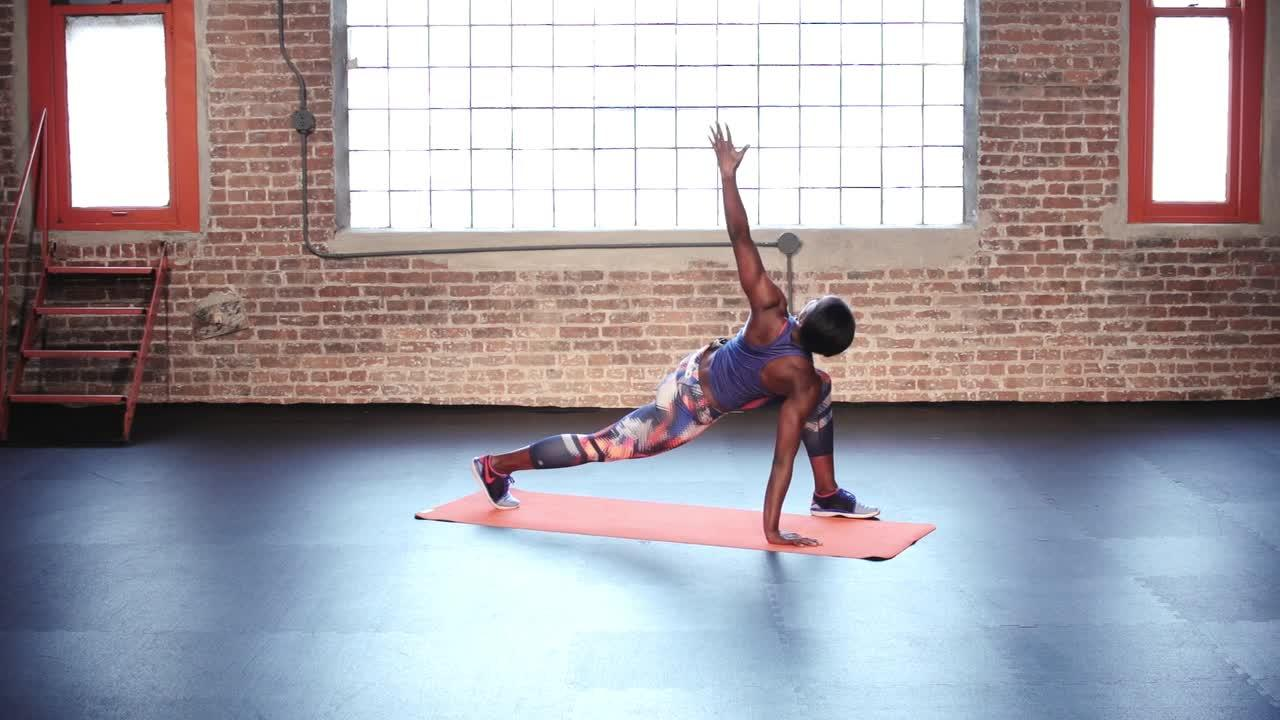 Kiss Back Pain Goodbye With This Simple Stretch