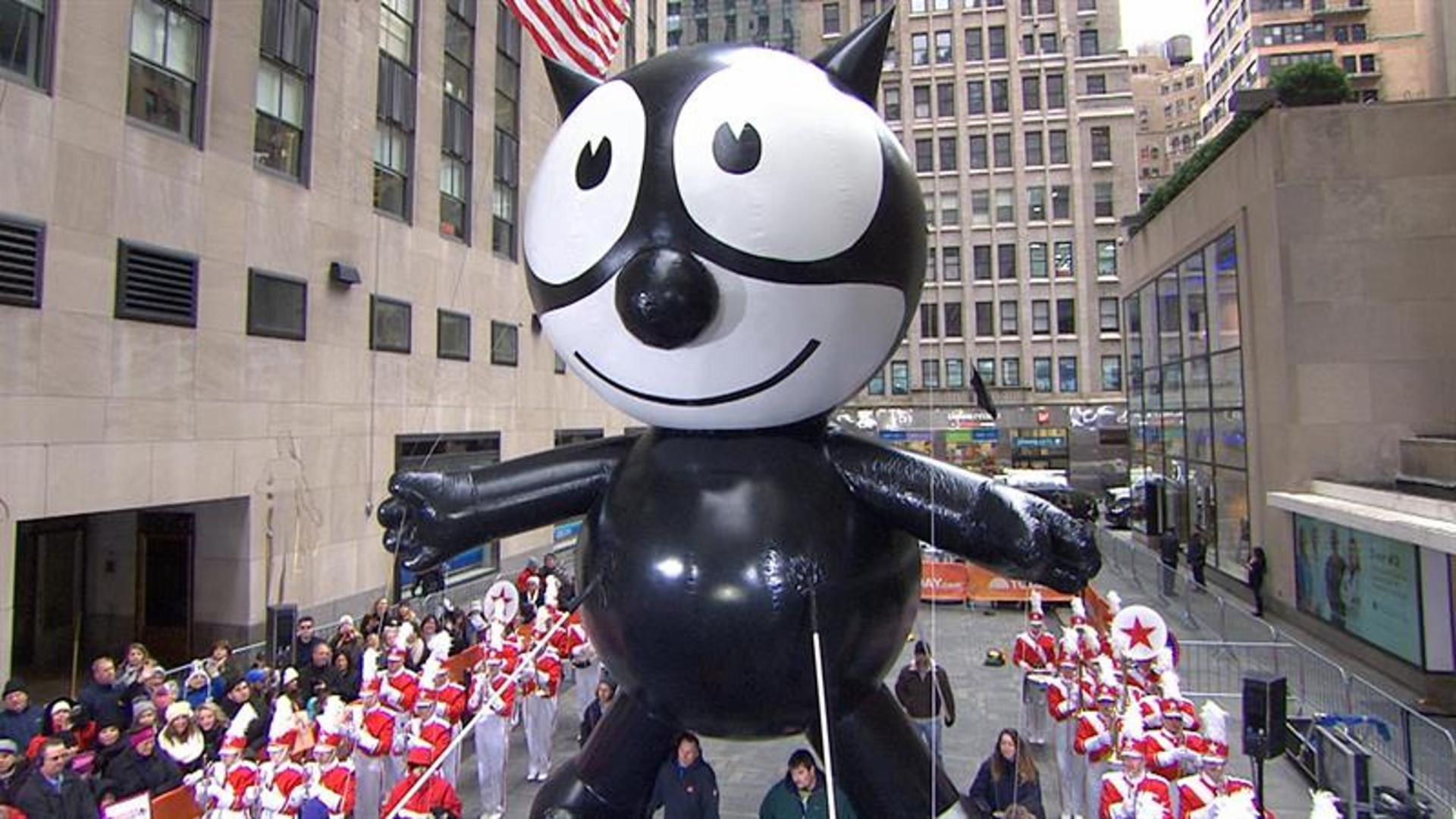 The Cat Is Back! Felix Returns To Macy's Thanksgiving Day Parade After 75 Years