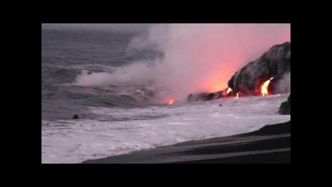 Incredibly Daring Man Swims To Hawaii's Lava With A Selfie Stick