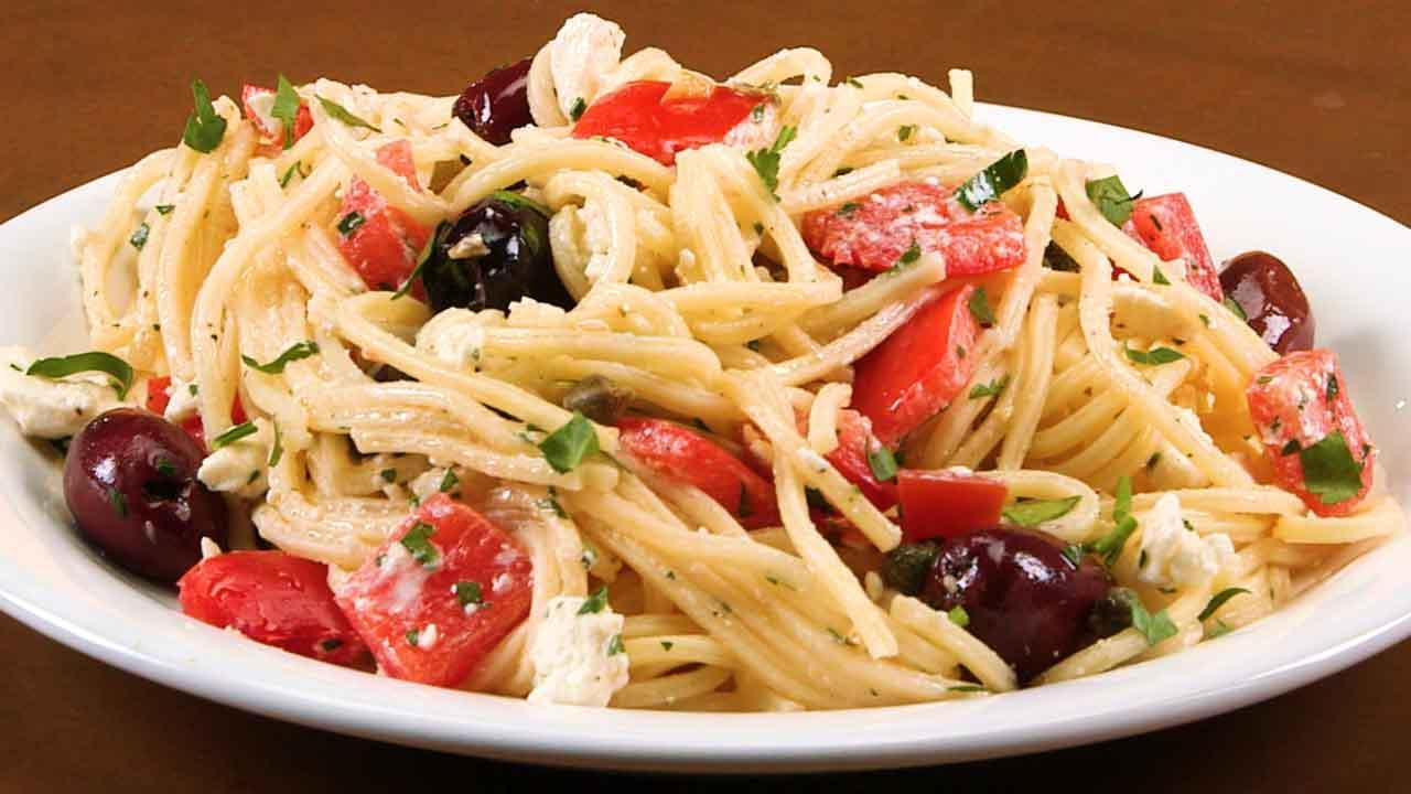 10 Summer Pasta Recipes That Take The Work Out Of Dinner | HuffPost Life