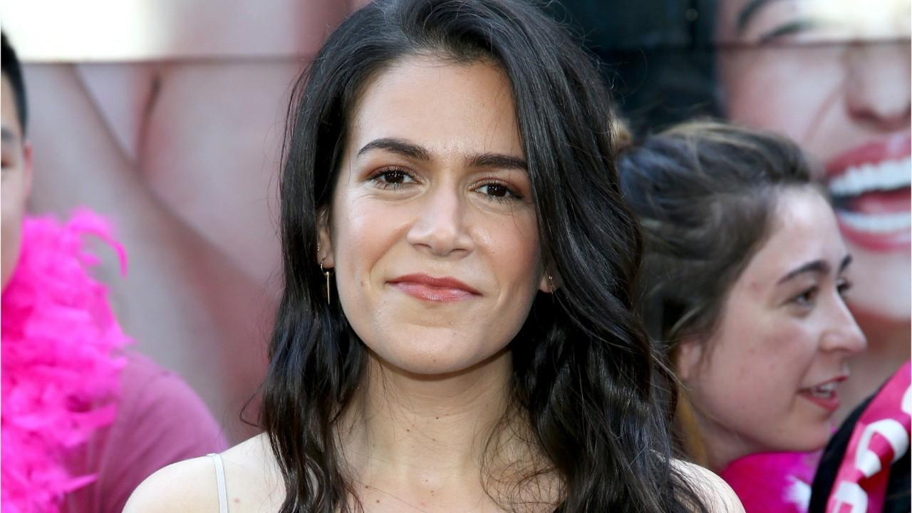 Broad City Star Abbi Jacobson To Host Modern Art Podcast