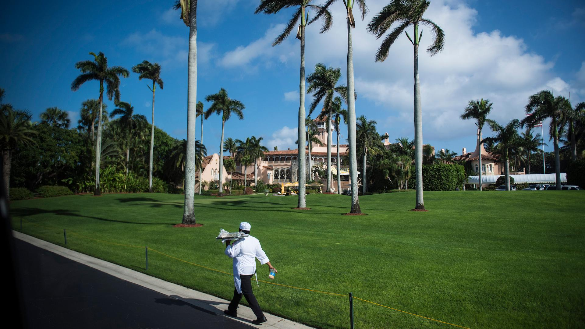 Trump's Mar-a-Lago Obtains Visas For 70 Foreign Workers
