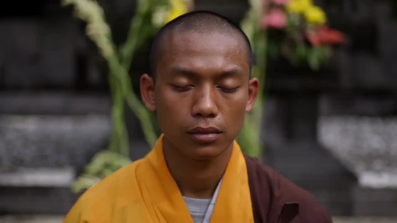 This Tiny Detail Will Help You Unlock Buddhist Art