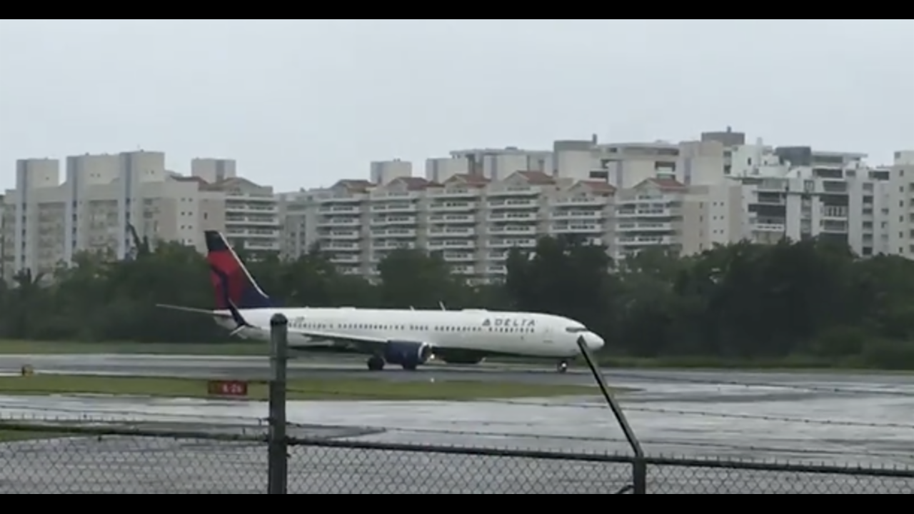 Delta Flight Races To Depart Puerto Rico Before Hurricane Irma Arrives | HuffPost Life