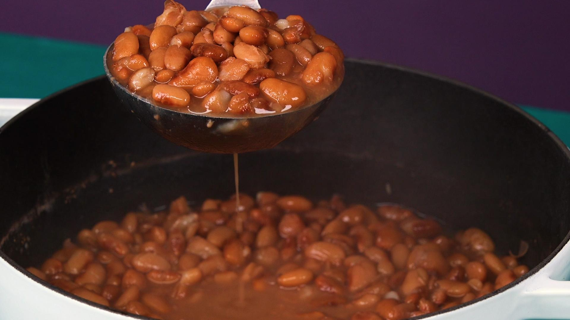 So THAT'S Why Beans Make You Gassy | HuffPost Life