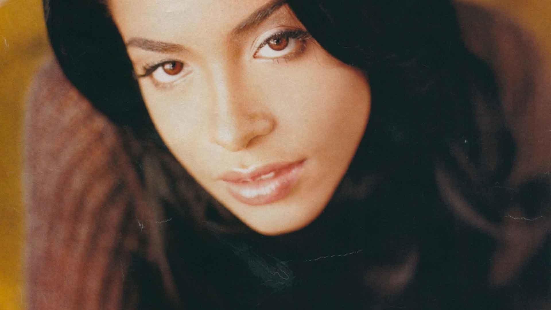 Happy 40th Birthday Aaliyah: A Look Back At An R&B Icon Gone Too Soon