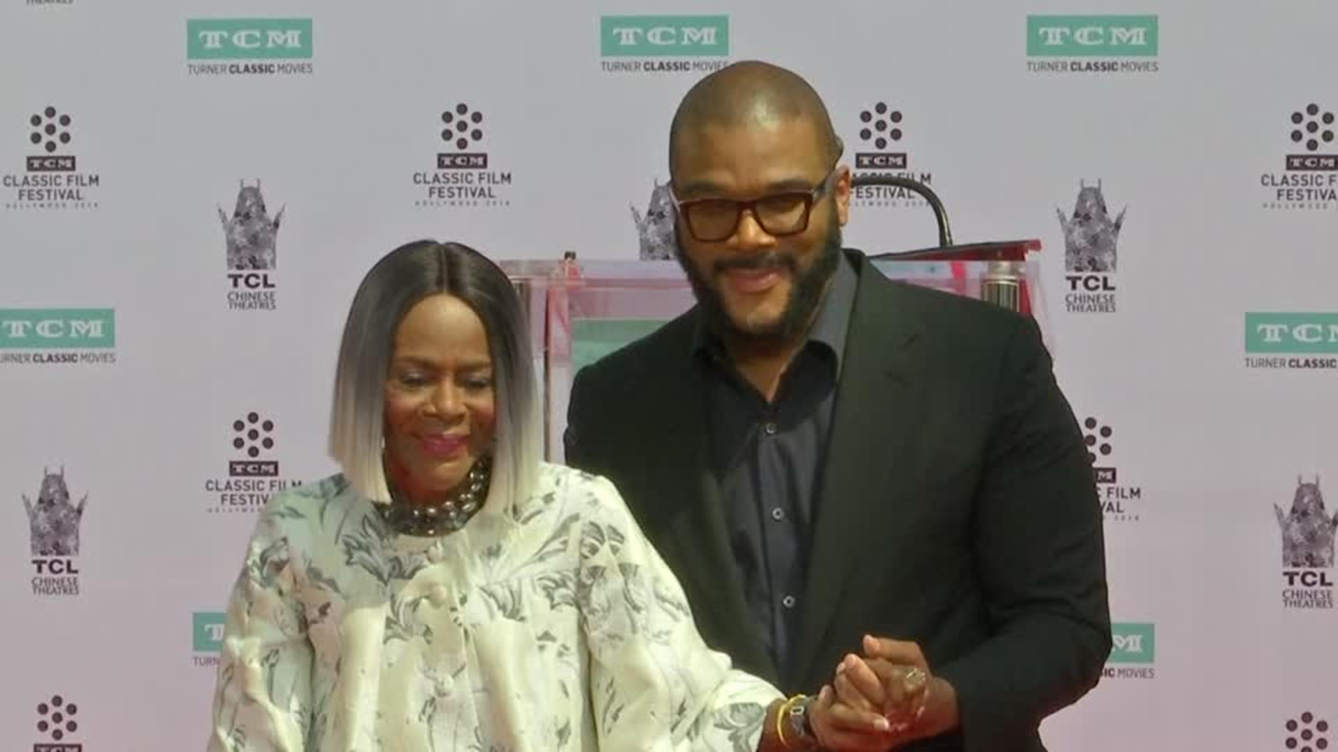 Cicely Tyson Becomes First Black Woman To Receive Honorary Oscar