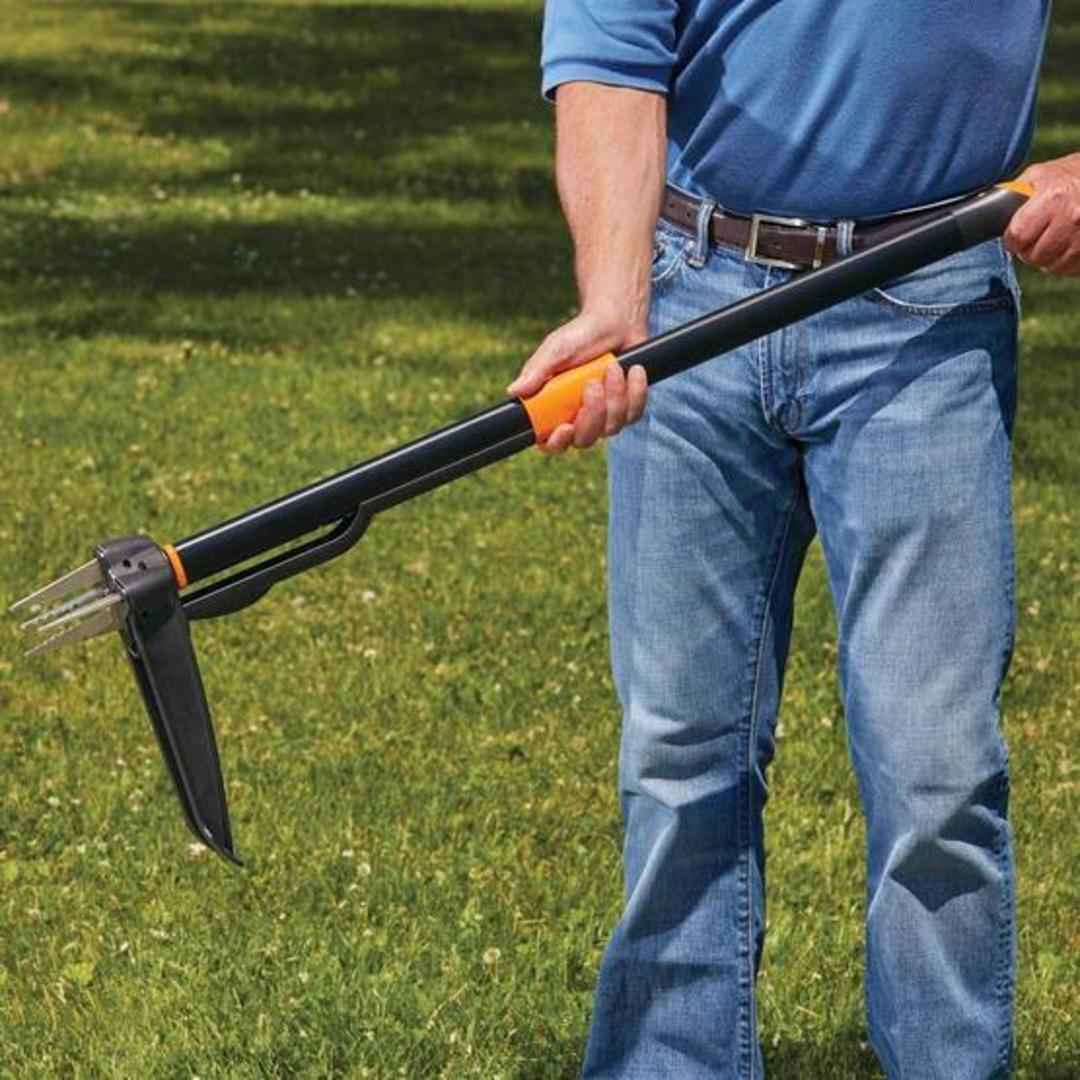 This gardening tool lets you weed your yard without bending over