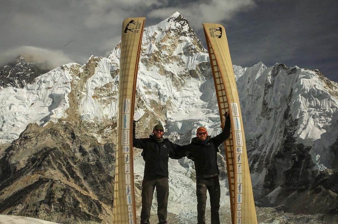 Canadian Brothers Climb Mount Everest With Canoes On Their Backs | HuffPost Canada
