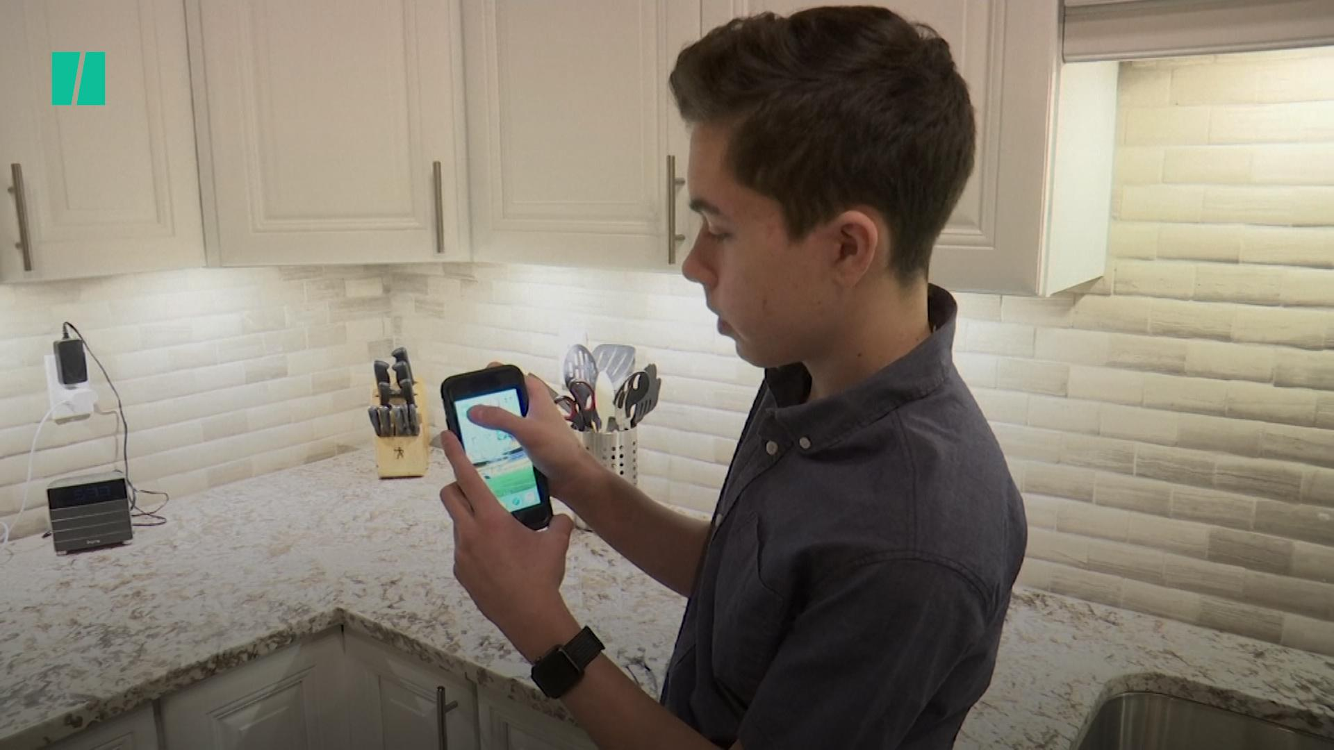 Apple To Pay Teen Who Uncovered FaceTime Eavesdropping Bug