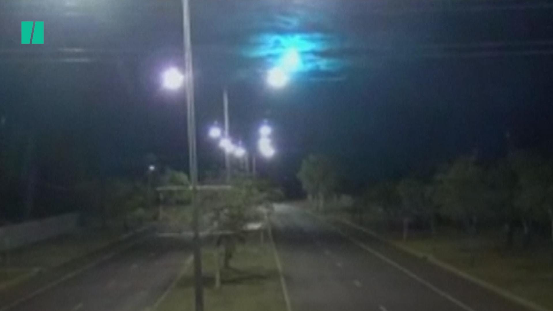 Meteorite Caught On Camera In Australia