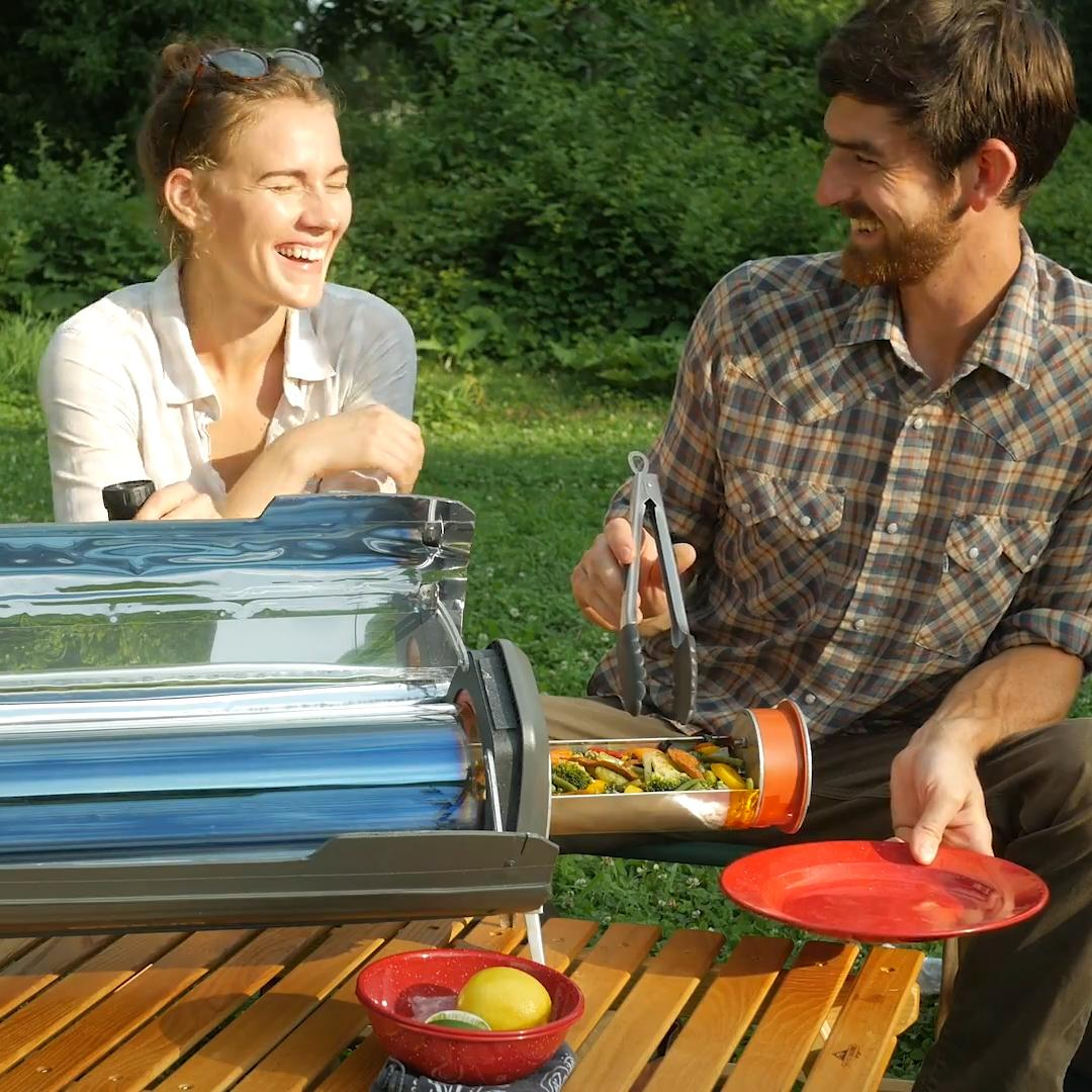 This grill uses the sun to cook your food – and it's perfect for the tailgating pro
