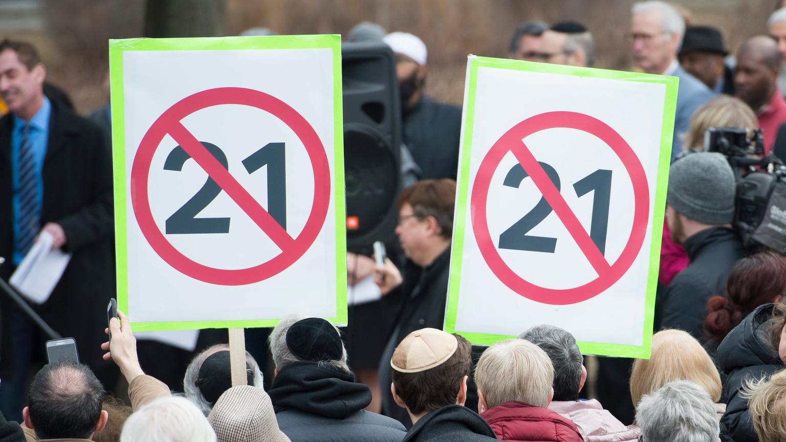 ▶️ Trudeau Challenges Jagmeet Singh Over Quebec Secularism Law