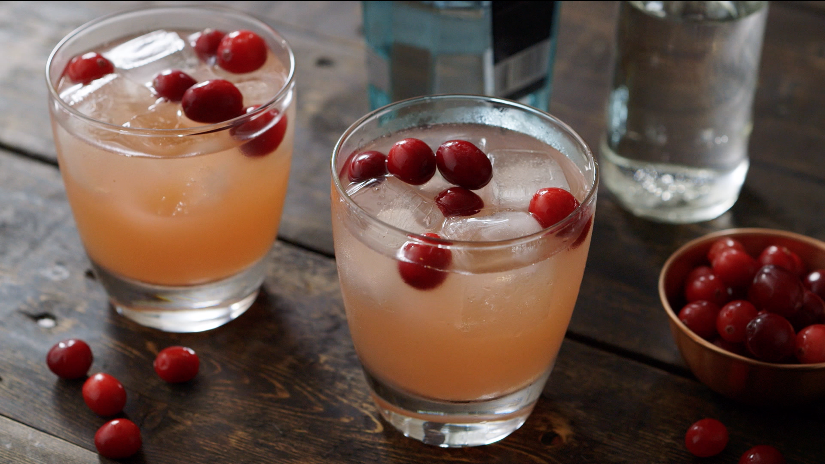 Cocktail of the Week: Cranberry Vanilla Gin Spritzer